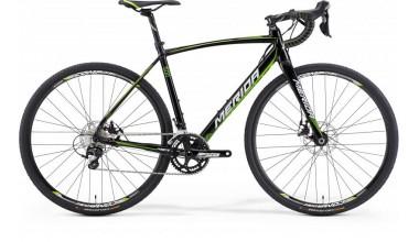 253841c9a1ab A Merida 2015-re teljesen megújította a cyclocross palettáját. A Cyclocross  Disc 500-aa váza könnyebb lett, és talán szebb is, bár ez szubjektív, az  viszont ...